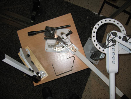 резка металла высечка ножницы электроножницы монтаж систем вентиляции вентиляционный короб обработка кромок фаска фланец фланцевое соединение ручной электромонтажный инструмент пневмоинструмент